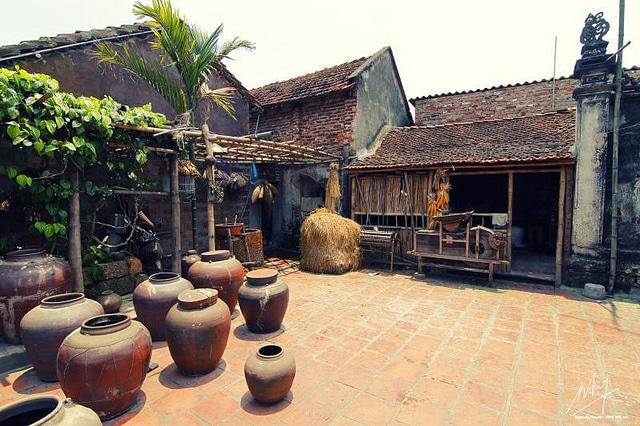 Duong-Lam-ancient-villages Sensory Traveller Holidays