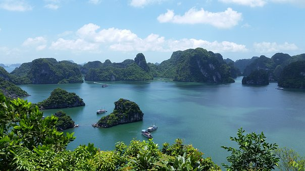 Halong Bay Sensory Traveller Holidays